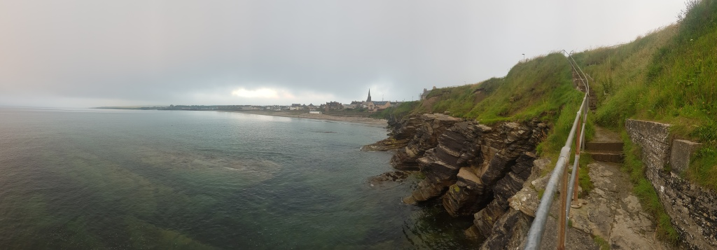 panoramic view of Thurso beach